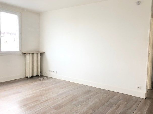 Appartement à louer 2 39.83m2 à Ris-Orangis vignette-1