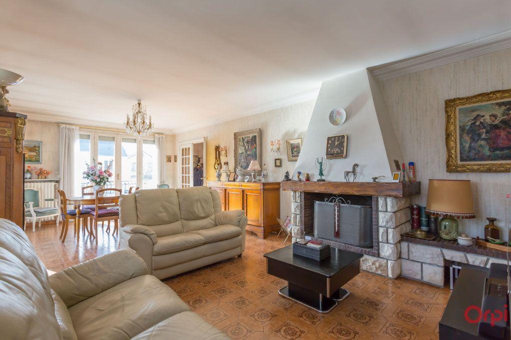 Maison à vendre 6 147m2 à Sainte-Geneviève-des-Bois vignette-2