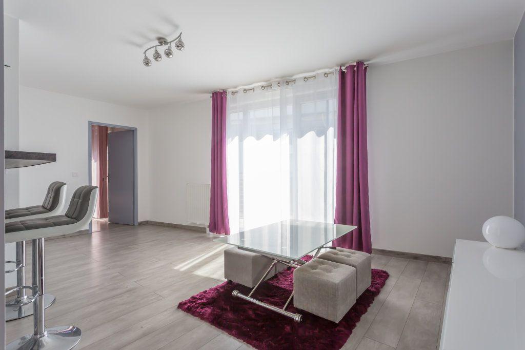 Appartement à louer 2 44.54m2 à Fleury-Mérogis vignette-2