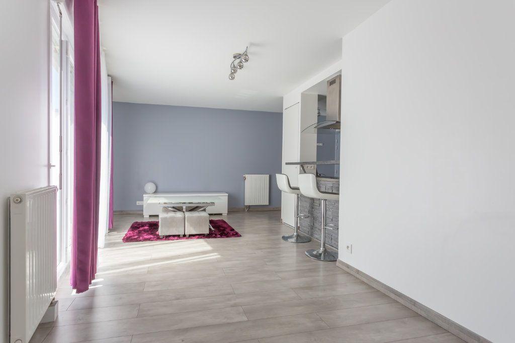 Appartement à louer 2 44.54m2 à Fleury-Mérogis vignette-3