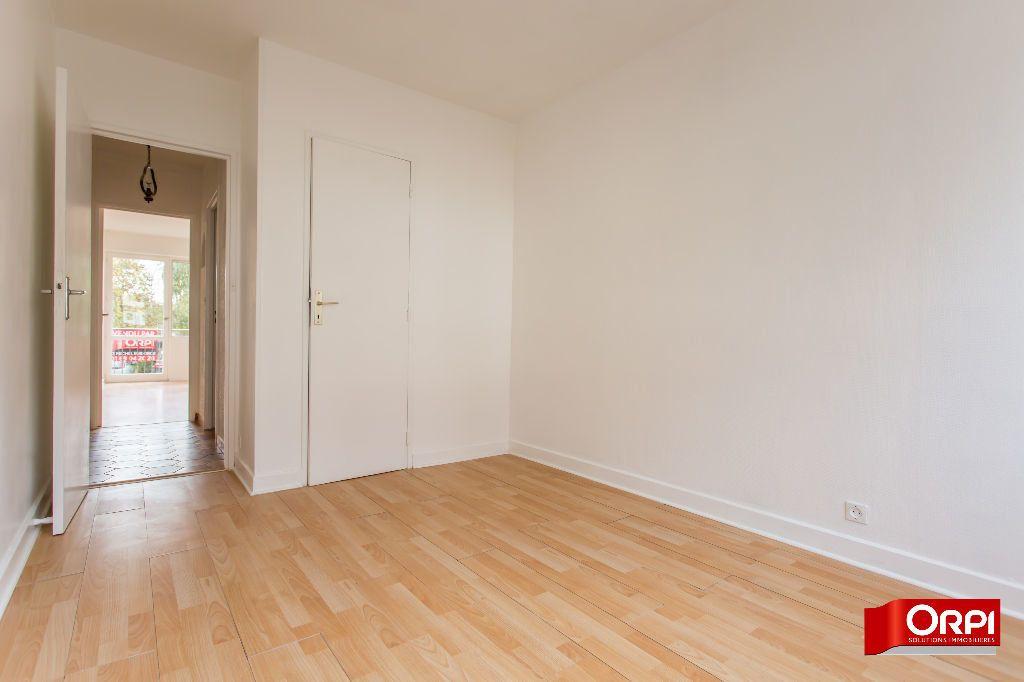 Appartement à louer 3 63.73m2 à Saint-Michel-sur-Orge vignette-3