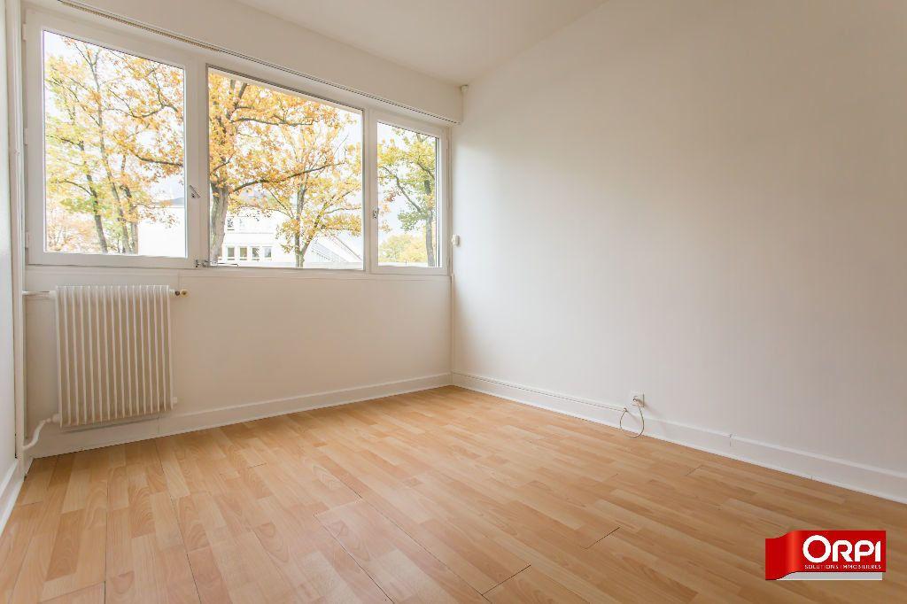 Appartement à louer 3 63.73m2 à Saint-Michel-sur-Orge vignette-4