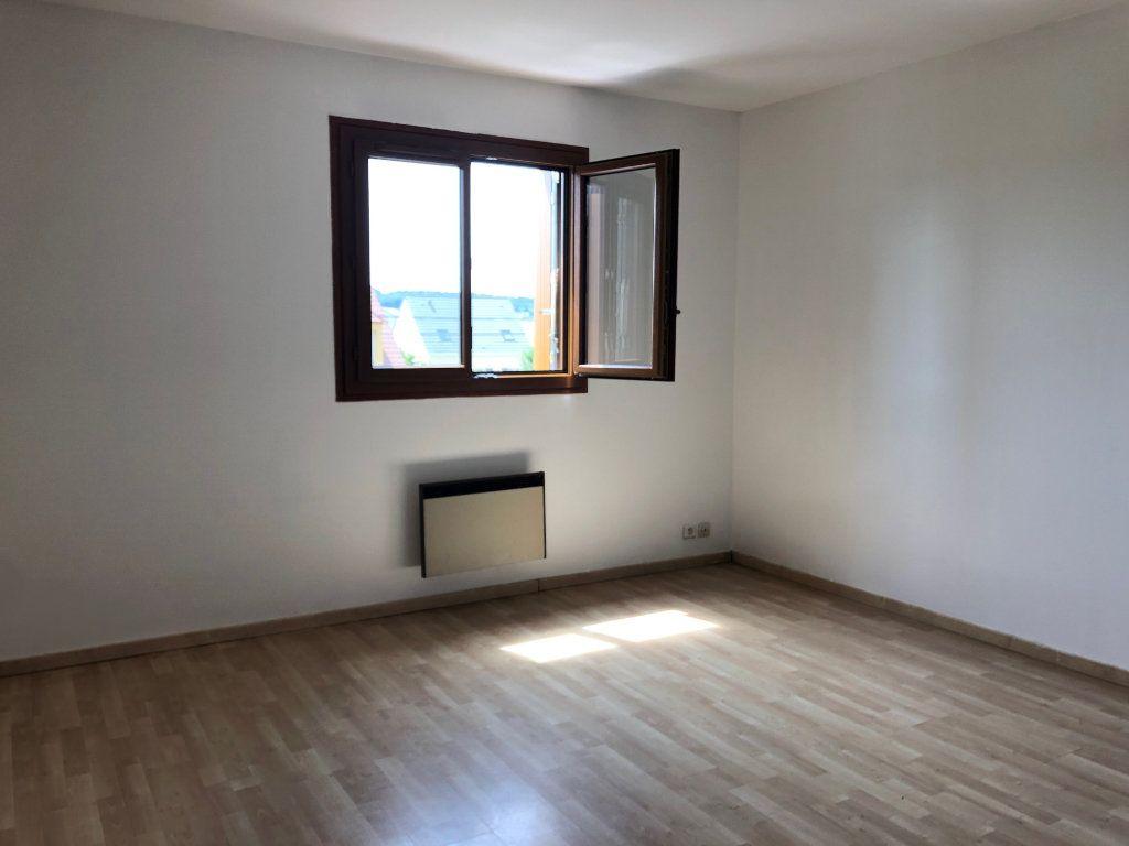 Appartement à louer 2 36.8m2 à Marcoussis vignette-1