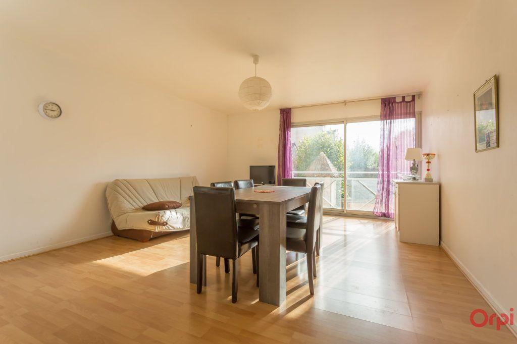 Appartement à vendre 2 49.5m2 à Sainte-Geneviève-des-Bois vignette-1