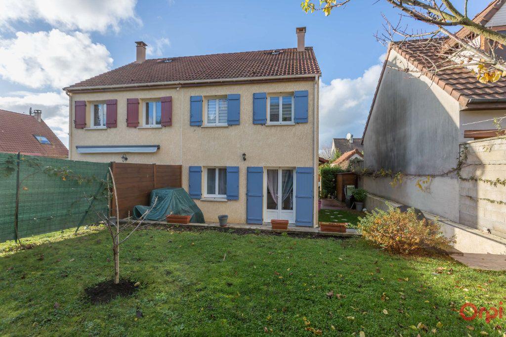 Maison à vendre 4 72.44m2 à Saint-Michel-sur-Orge vignette-1