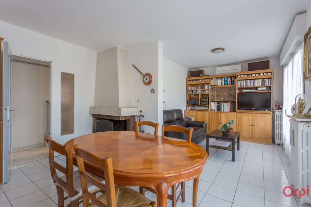 Maison à vendre 4 90m2 à Sainte-Geneviève-des-Bois vignette-1