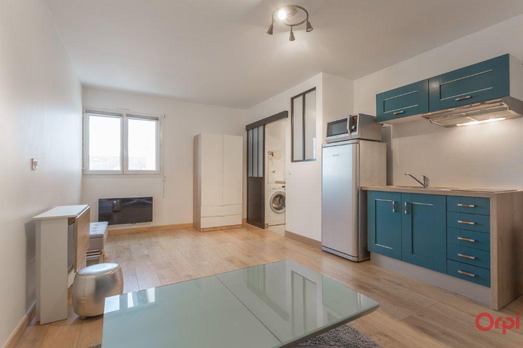 Appartement à louer 1 24.07m2 à Saint-Michel-sur-Orge vignette-1