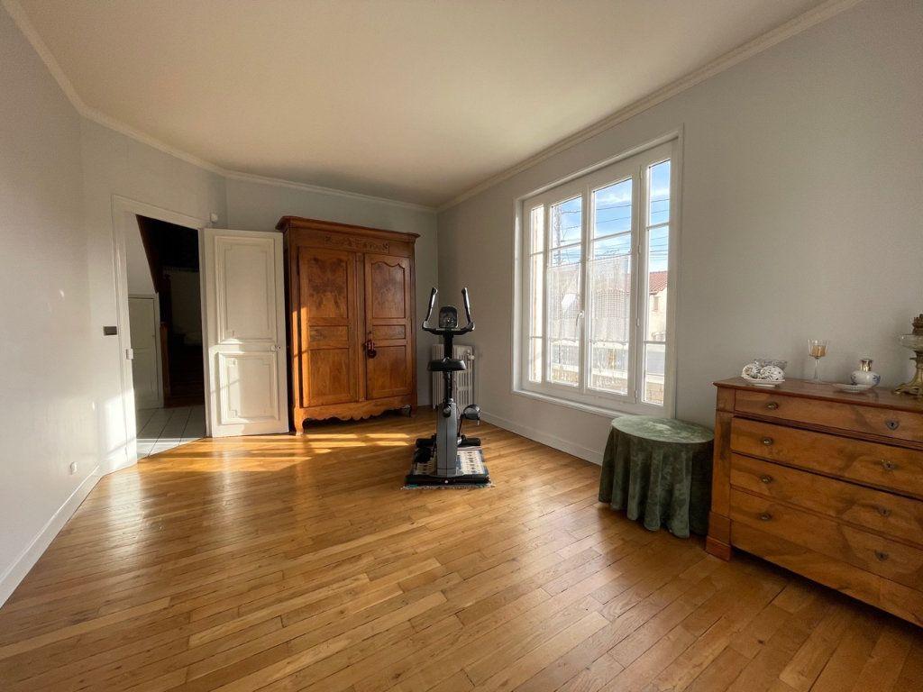 Maison à vendre 8 159m2 à Saint-Michel-sur-Orge vignette-8