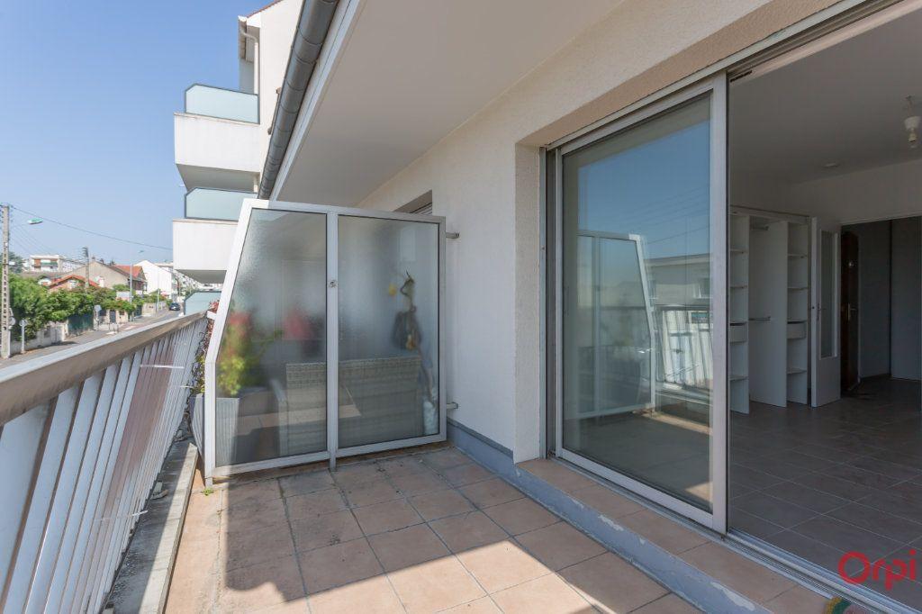 Appartement à vendre 1 24m2 à Morangis vignette-1