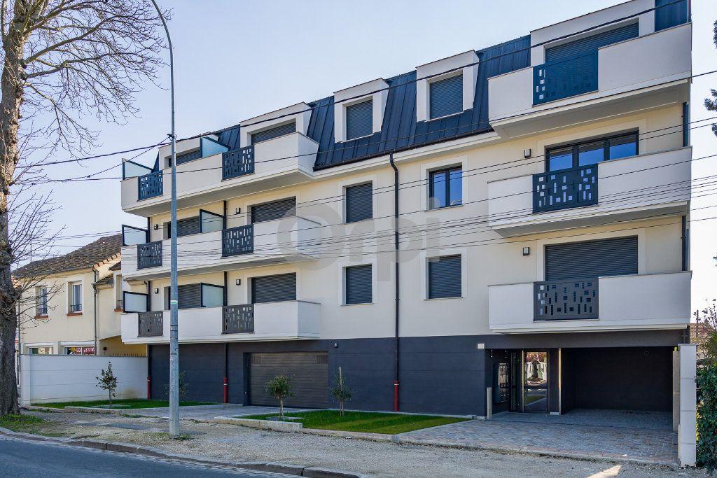 Appartement à louer 2 46.16m2 à Sainte-Geneviève-des-Bois vignette-10