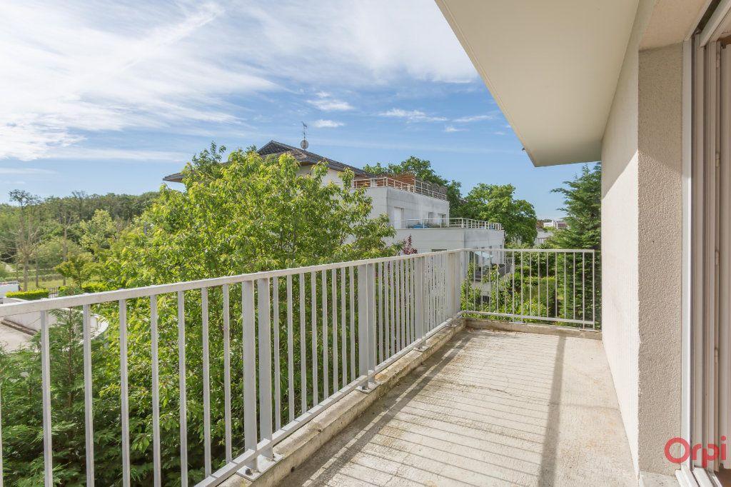 Appartement à vendre 4 79m2 à Sainte-Geneviève-des-Bois vignette-12
