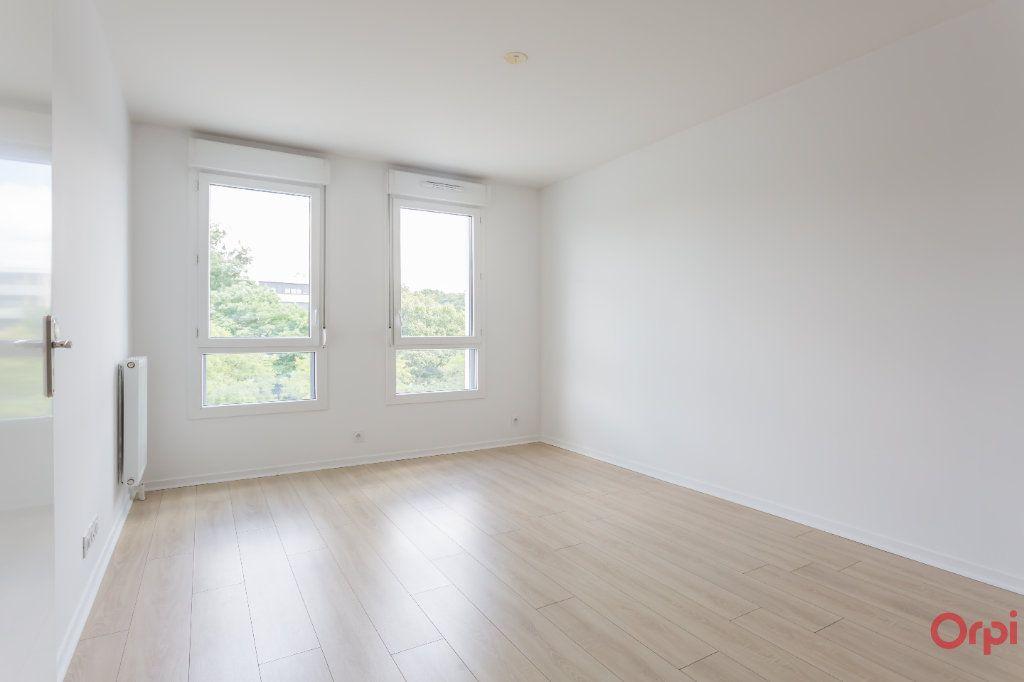 Appartement à louer 2 37.8m2 à Saint-Michel-sur-Orge vignette-1