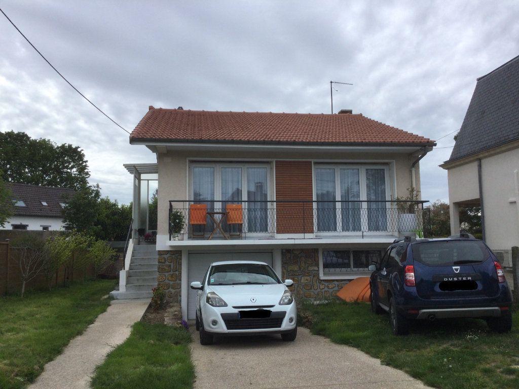 Maison à vendre 4 70m2 à Sainte-Geneviève-des-Bois vignette-6