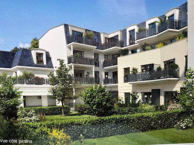 Appartement à louer 4 104.57m2 à Sainte-Geneviève-des-Bois vignette-7