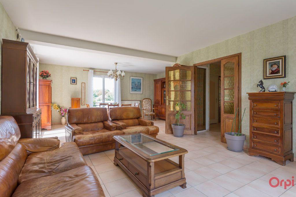 Maison à vendre 7 133m2 à Saint-Michel-sur-Orge vignette-2