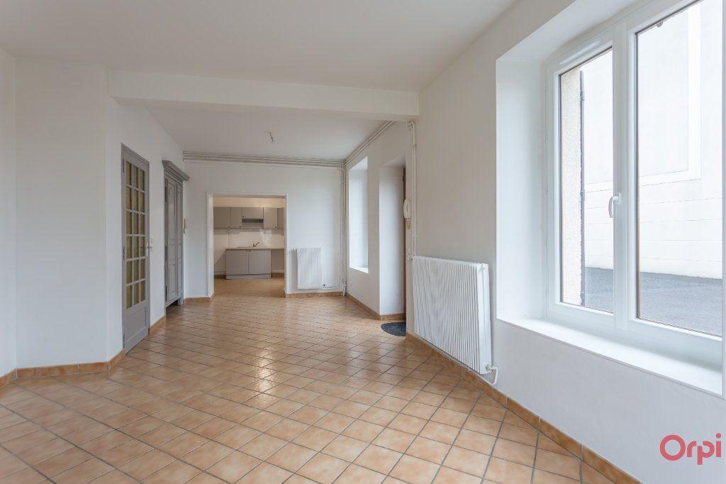 Appartement à louer 4 86.65m2 à Le Plessis-Pâté vignette-3