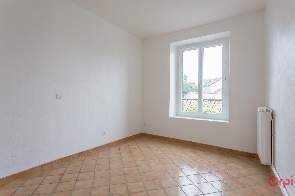 Appartement à louer 4 86.65m2 à Le Plessis-Pâté vignette-5