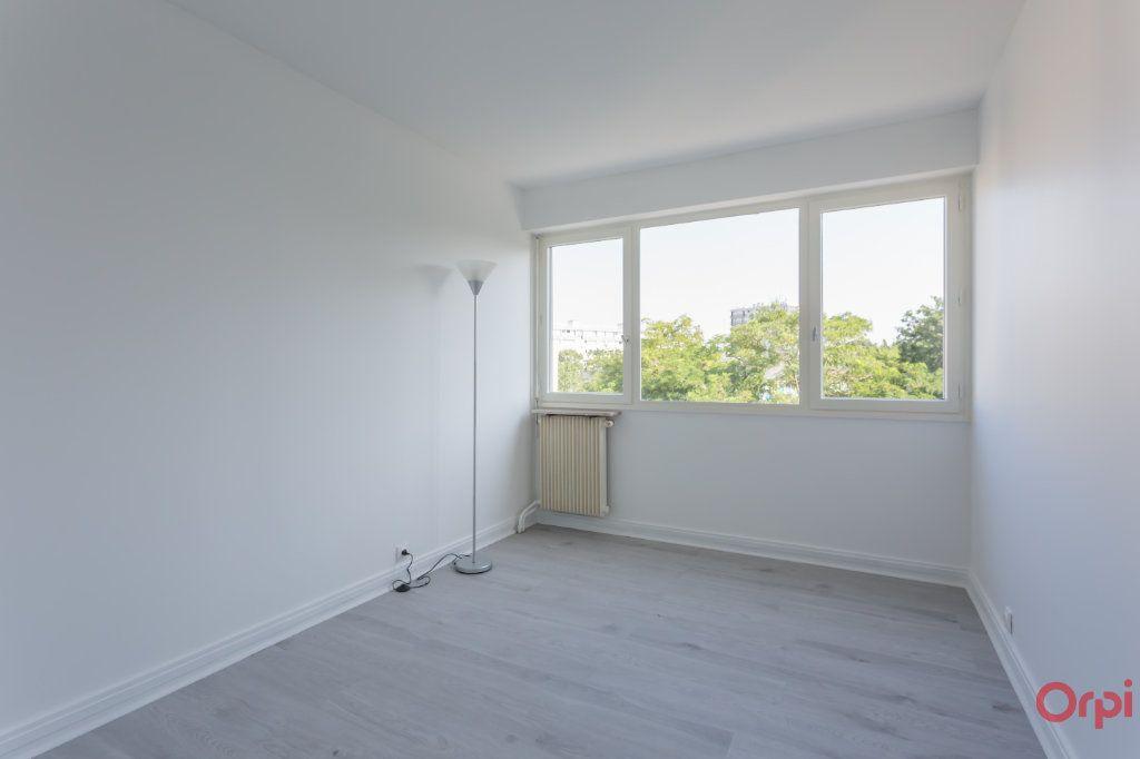 Appartement à louer 4 69.76m2 à Saint-Michel-sur-Orge vignette-4