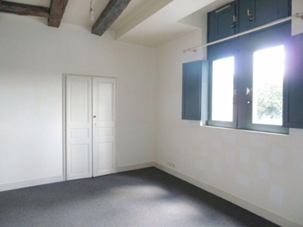 Appartement à louer 1 33m2 à Périgueux vignette-1