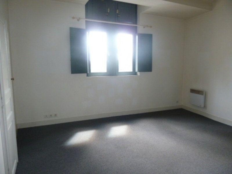 Appartement à louer 1 33m2 à Périgueux vignette-2