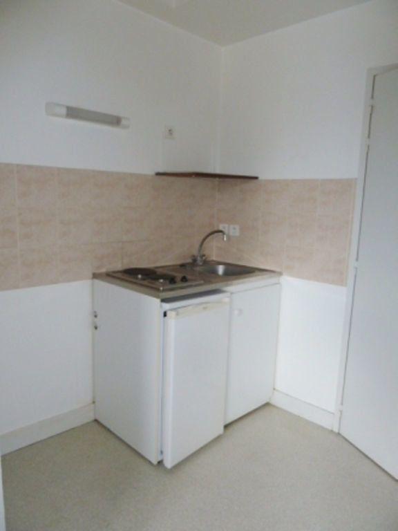 Appartement à louer 1 33m2 à Périgueux vignette-3