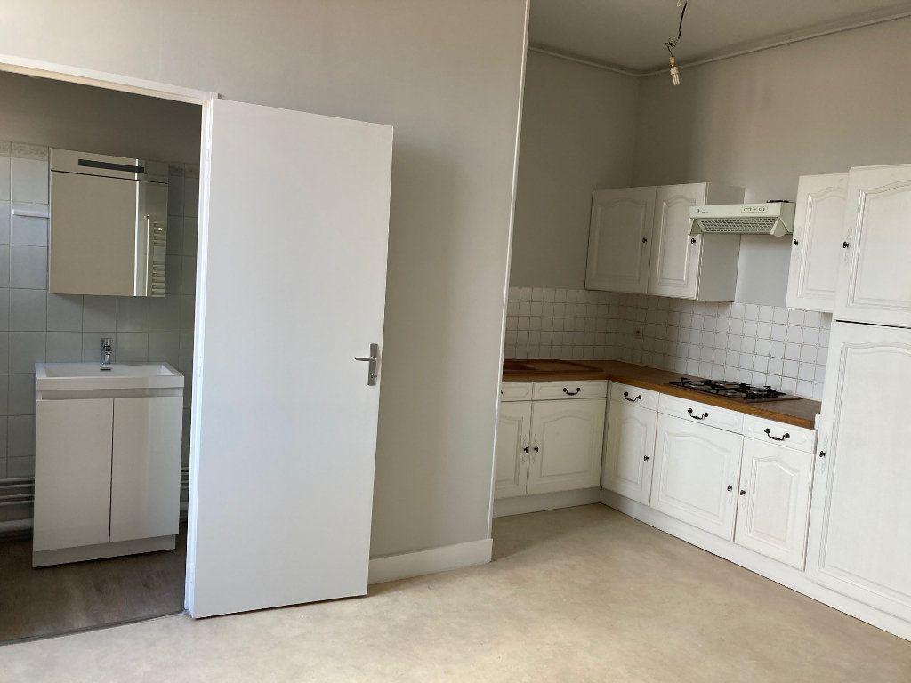 Appartement à louer 1 44.5m2 à Périgueux vignette-4