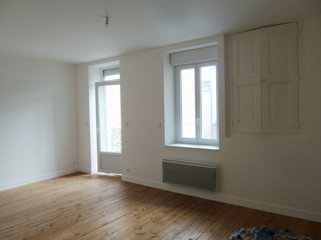 Appartement à louer 2 42.72m2 à Périgueux vignette-1
