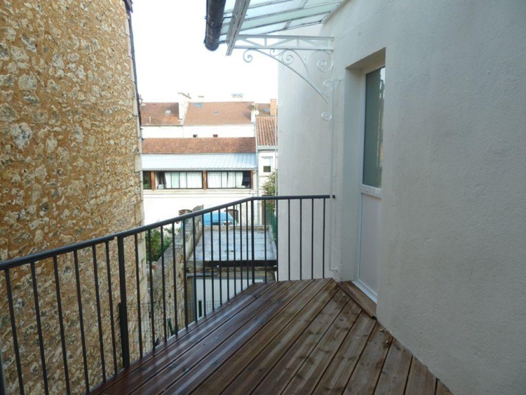 Appartement à louer 2 42.72m2 à Périgueux vignette-4