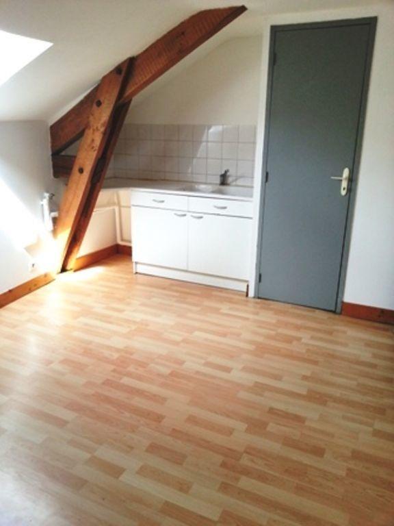 Appartement à louer 2 24m2 à Saint-Astier vignette-1