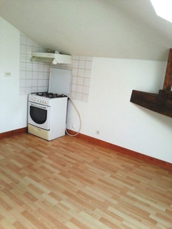 Appartement à louer 2 24m2 à Saint-Astier vignette-3