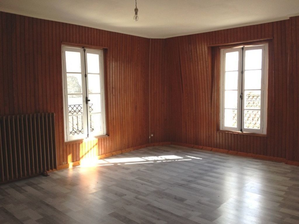 Maison à louer 5 115m2 à Saint-Astier vignette-4