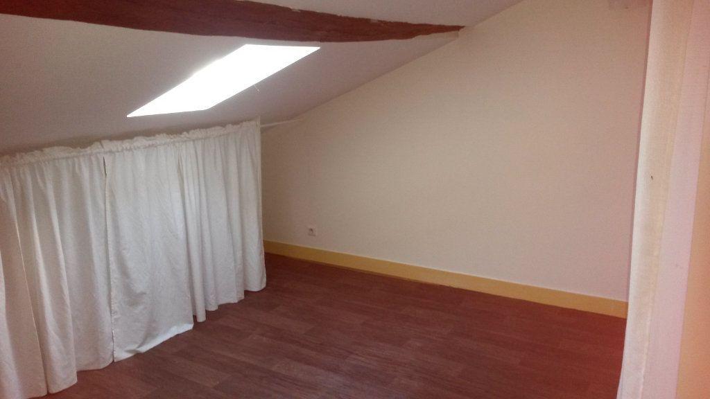 Appartement à louer 2 33m2 à Périgueux vignette-5