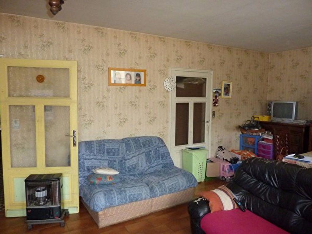Maison à vendre 4 88m2 à Manzac-sur-Vern vignette-3