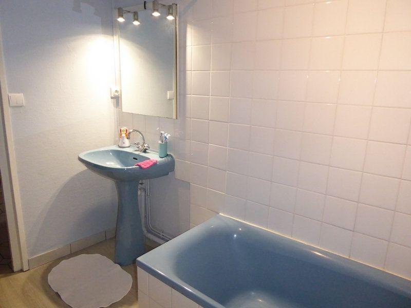 Appartement à louer 4 105m2 à Saint-Astier vignette-8