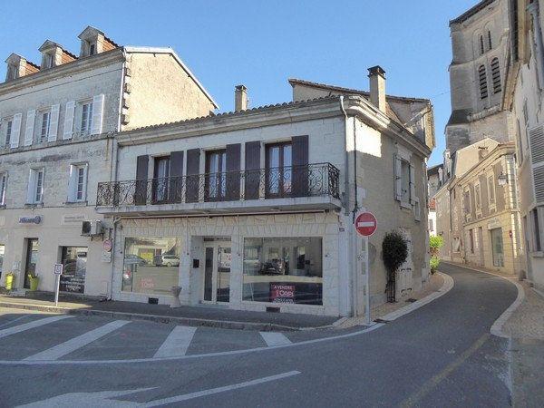 Appartement à louer 4 105m2 à Saint-Astier vignette-10