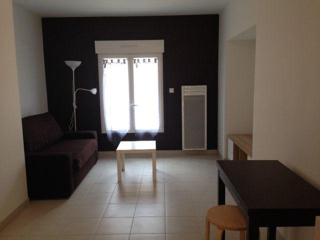 Appartement à louer 1 19.65m2 à Périgueux vignette-1