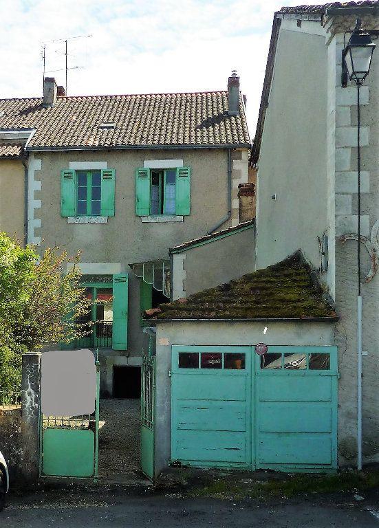 Maison à vendre 8 145m2 à Saint-Astier vignette-1