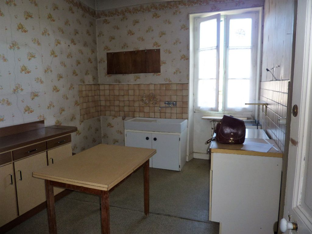 Maison à vendre 8 145m2 à Saint-Astier vignette-3
