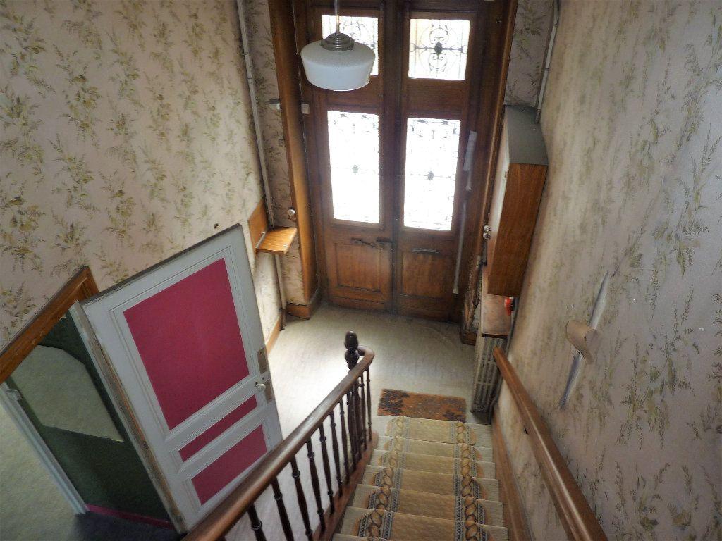 Maison à vendre 8 145m2 à Saint-Astier vignette-4