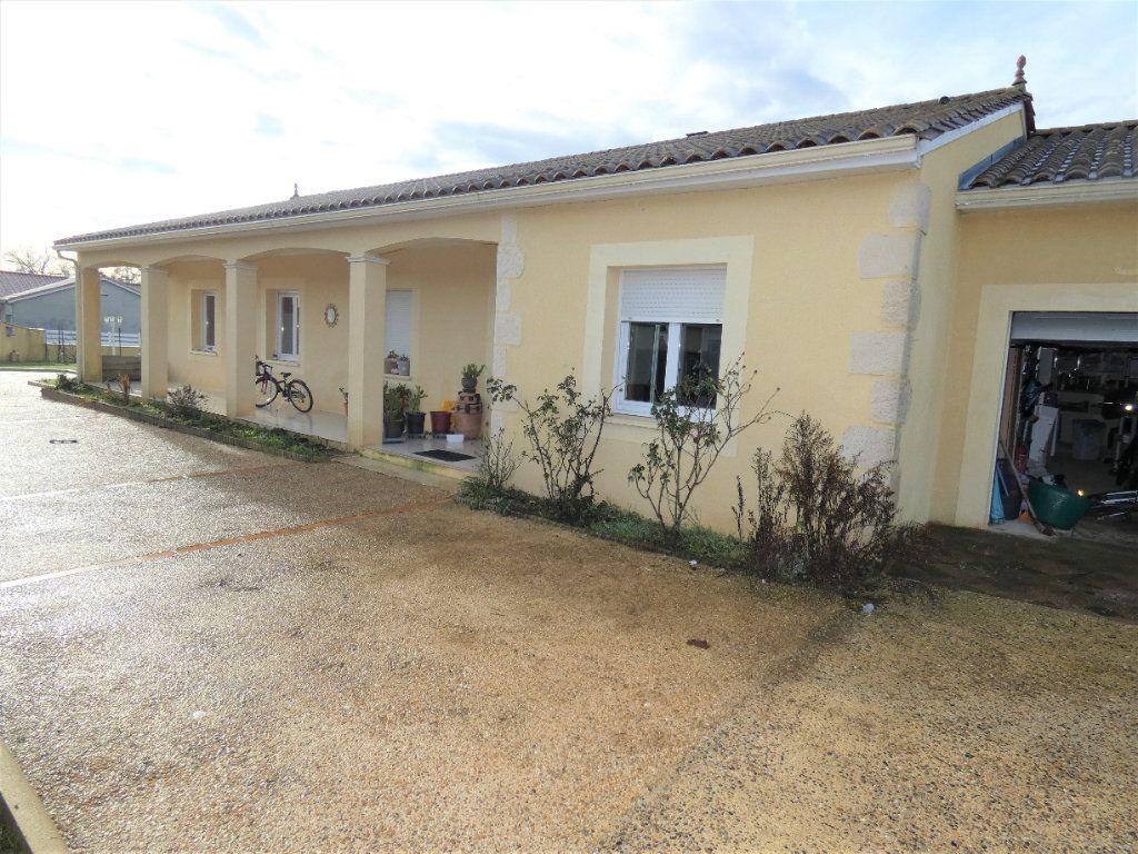 Maison à vendre 5 122m2 à Manzac-sur-Vern vignette-5