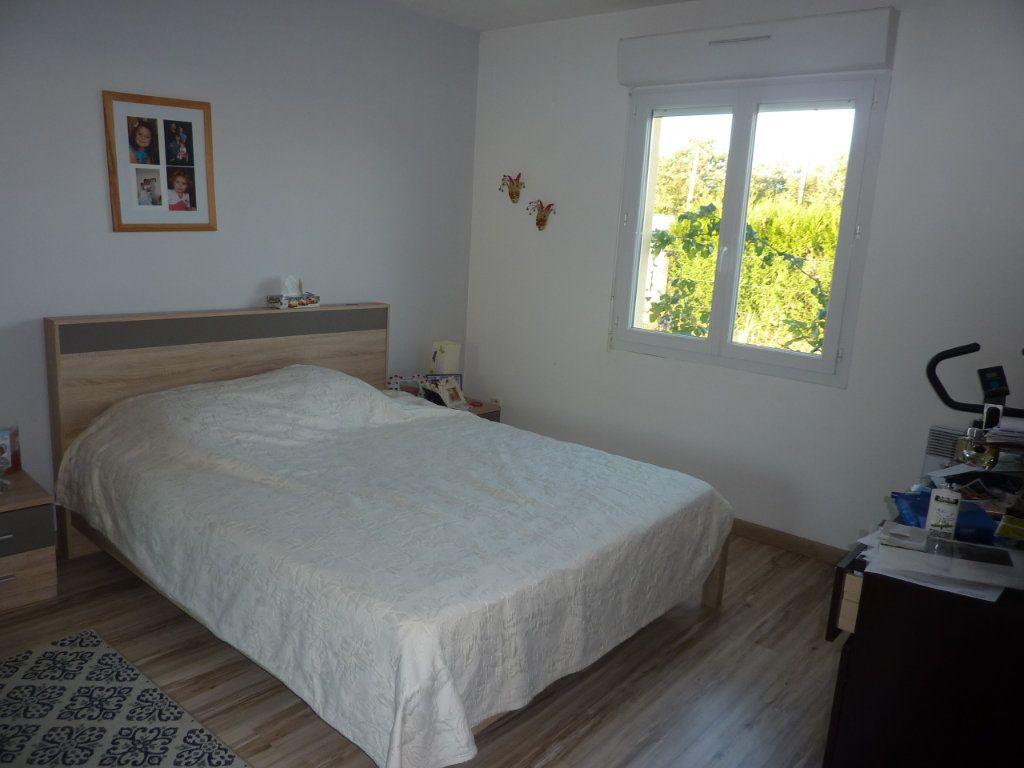 Maison à vendre 5 122m2 à Manzac-sur-Vern vignette-6