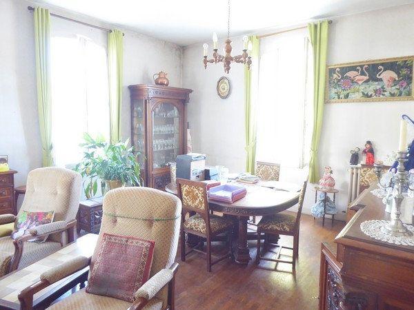 Maison à vendre 5 140m2 à Saint-Astier vignette-5