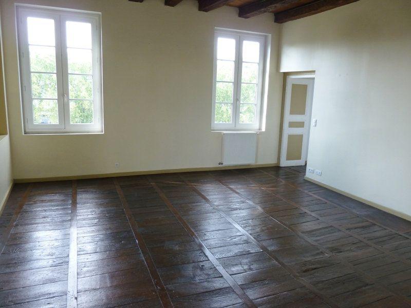Appartement à louer 5 190m2 à Périgueux vignette-1