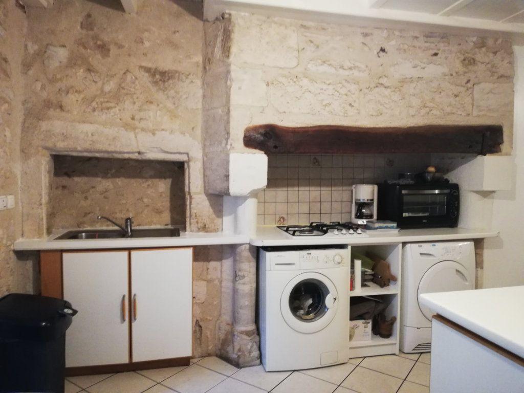 Appartement à louer 3 39m2 à Saint-Astier vignette-2
