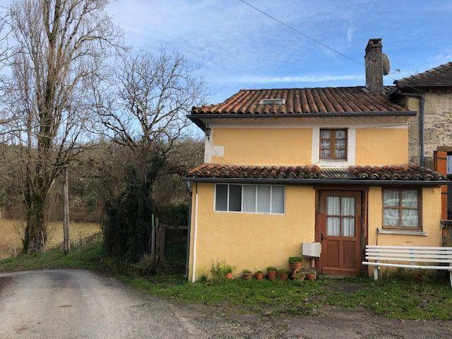 Maison à vendre 3 70m2 à Saint-Aquilin vignette-1