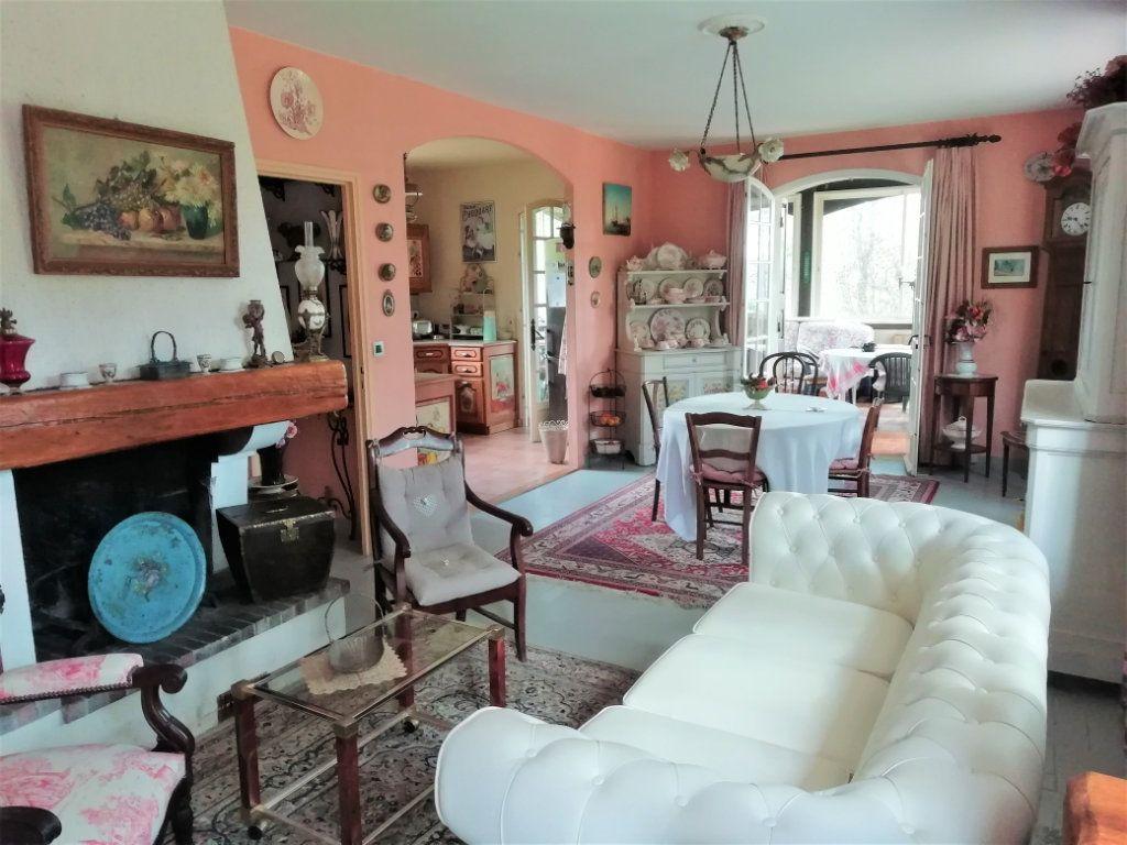 Maison à vendre 8 180m2 à Saint-Astier vignette-7