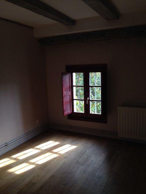Appartement à louer 3 71m2 à Périgueux vignette-3