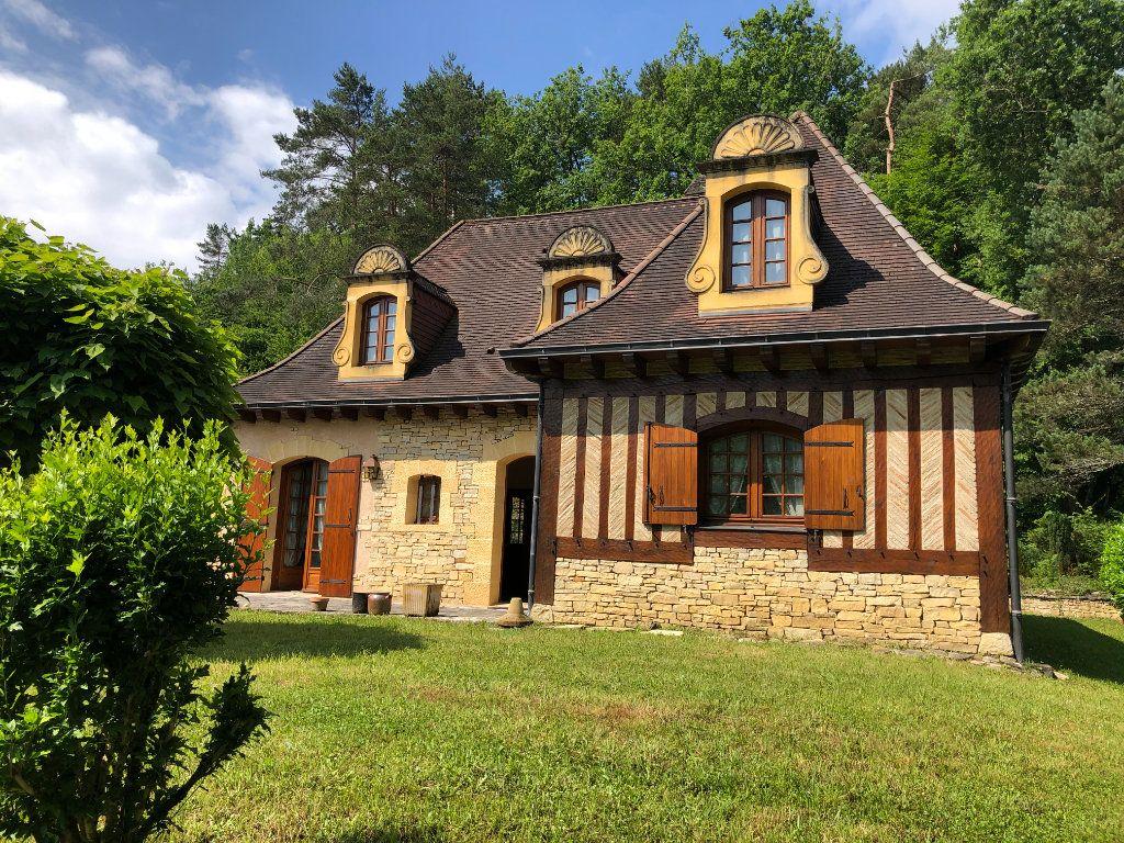 Maison à vendre 5 130m2 à Trélissac vignette-1