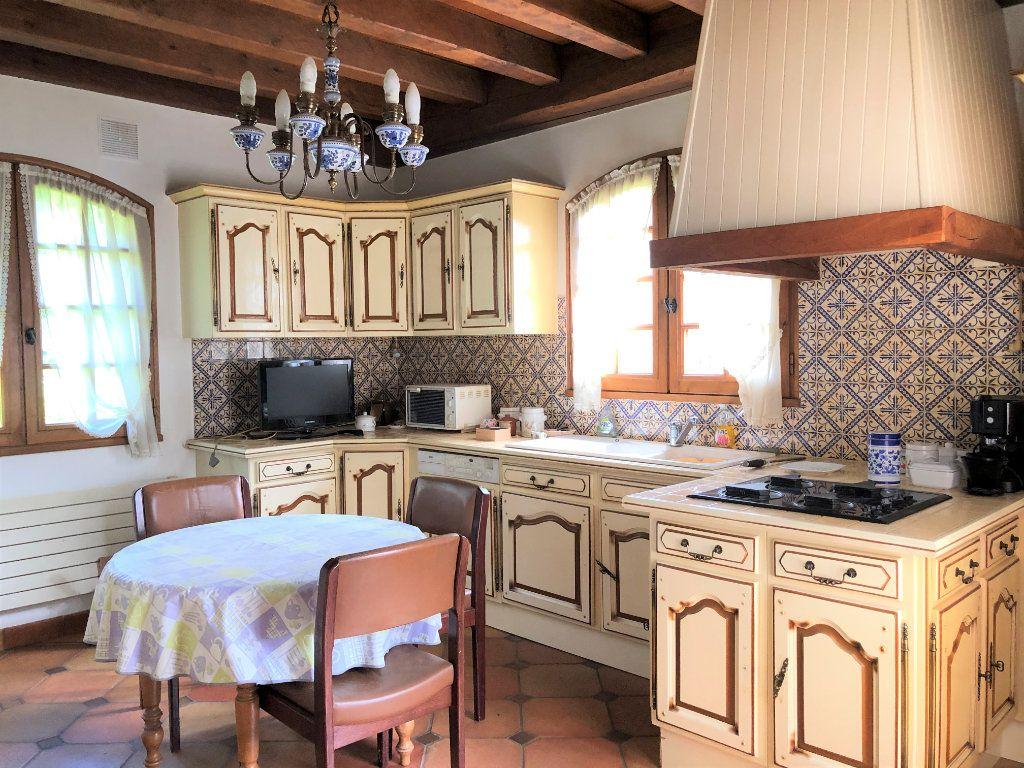 Maison à vendre 5 130m2 à Trélissac vignette-3