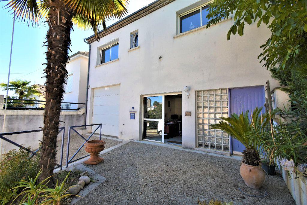 Maison à vendre 5 130m2 à Périgueux vignette-1